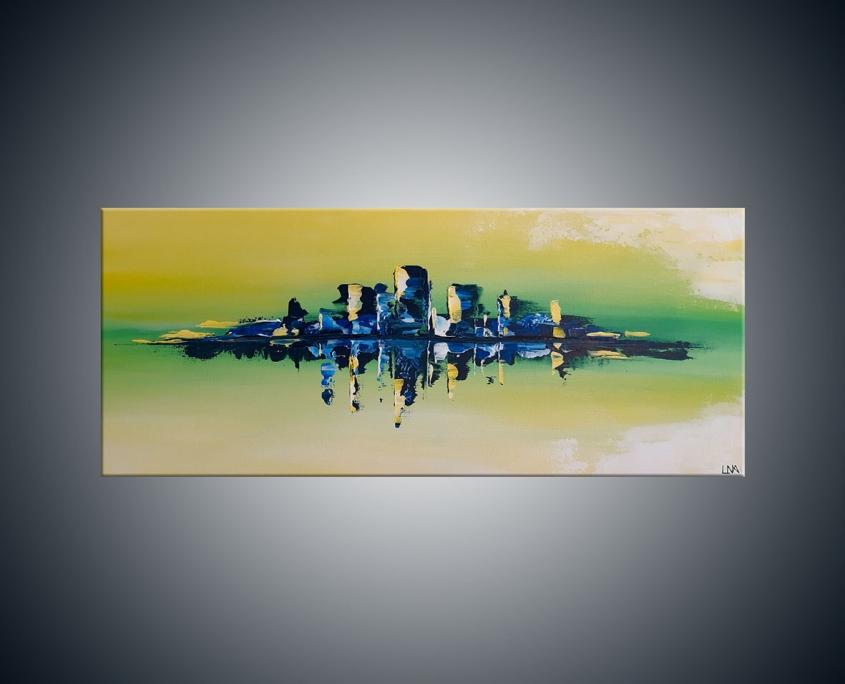 Paysage abstrait de l'artiste Helena Monniello sur fond vert avec des reflets dans l'eau.