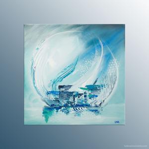 Peinture abstraite de l'artiste Helena Monniello dans les tons bleus et blancs représentant une perle.